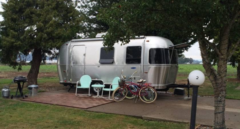 Recreational Vacationer Northwest Adventures