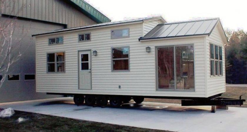 Recreational Vehicles Park Models North Holiday