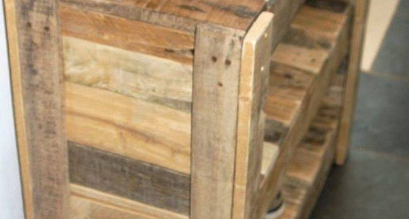 Recycled Pallet Shoe Rack Ideas