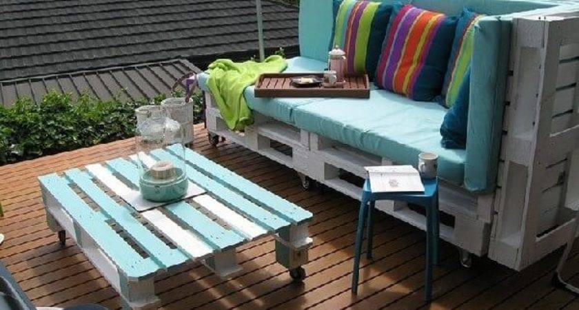 Recycled Wood Pallets Patio Furniture Designs