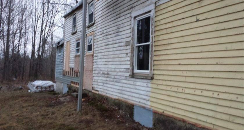 Replacing House Siding