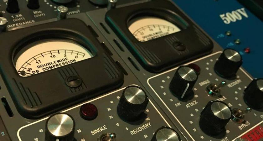 Retro Instruments Doublewide Series Compressor