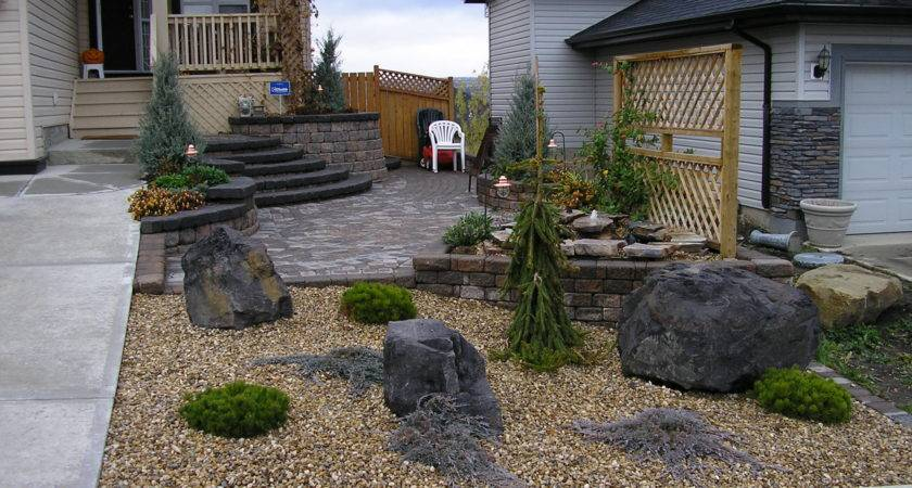 Rocks Front Yard Design Decoration