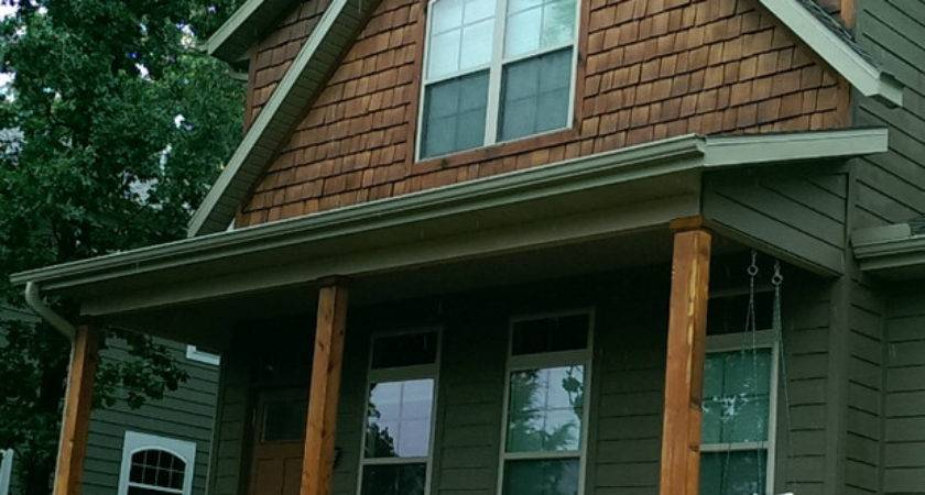 Rustic Home Exterior Bentonville Dark Gray Vinyl