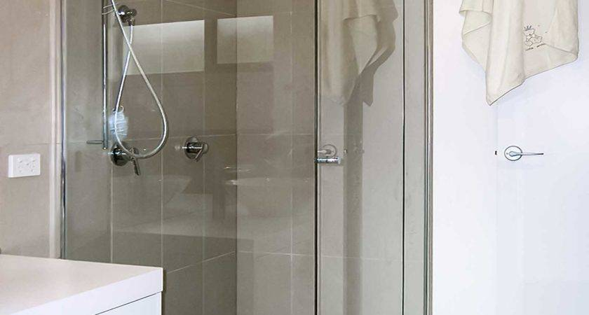 Semi Frameless Shower Screen Geelong Splashbacks Mode