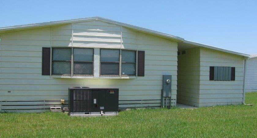 Senior Retirement Living Homes Merit Twin Manor