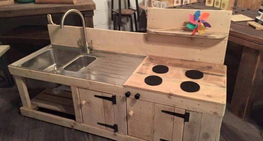 Sensational Pallet Kitchen Kids Ideas