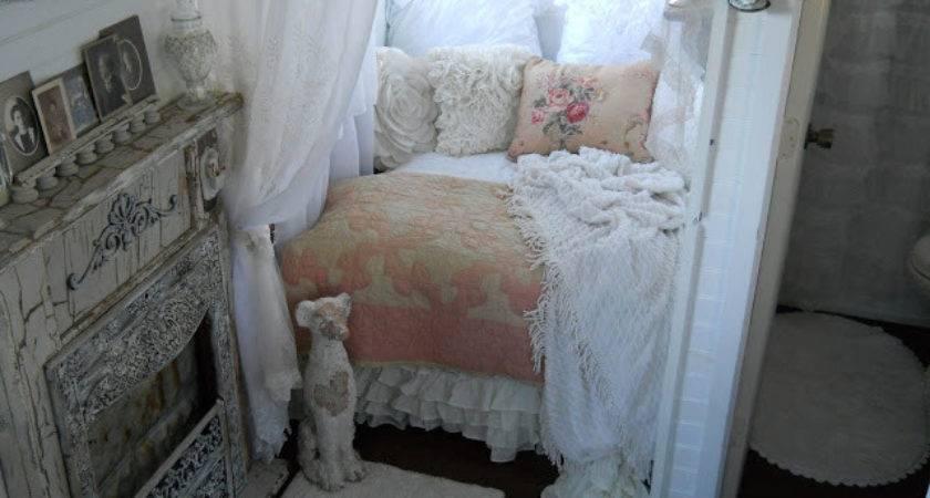 Shabby Chic Tiny Retreat House