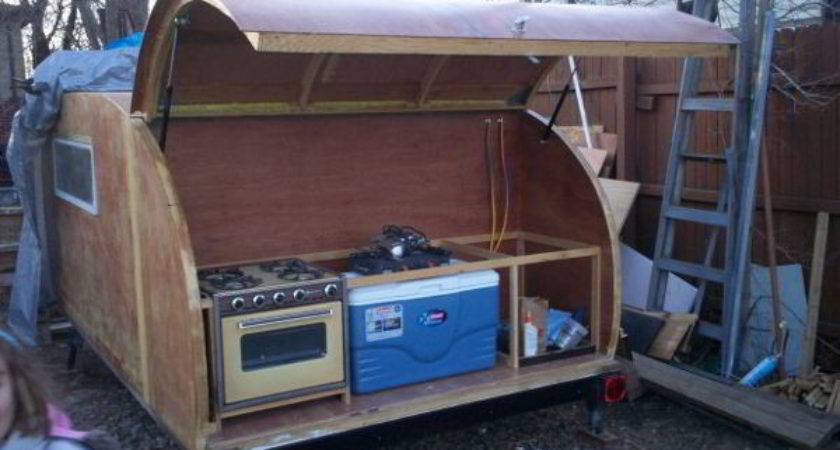 Simply Designed Diy Teardrop Trailer Built Scratch