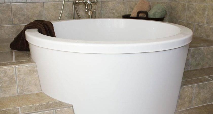Small Whirlpool Bathtubs