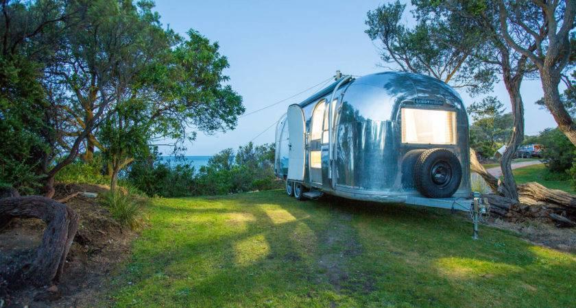 Spectacular Bizarre Airbnb Rentals Flying Nest