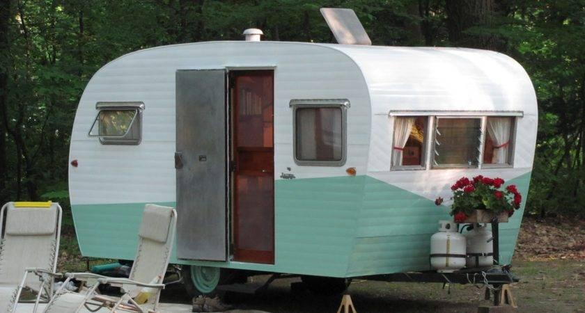 Sprig Lavender Vintage Camper Rally