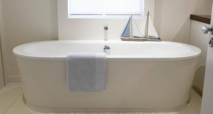 Standard Bathtub Measurements Reference