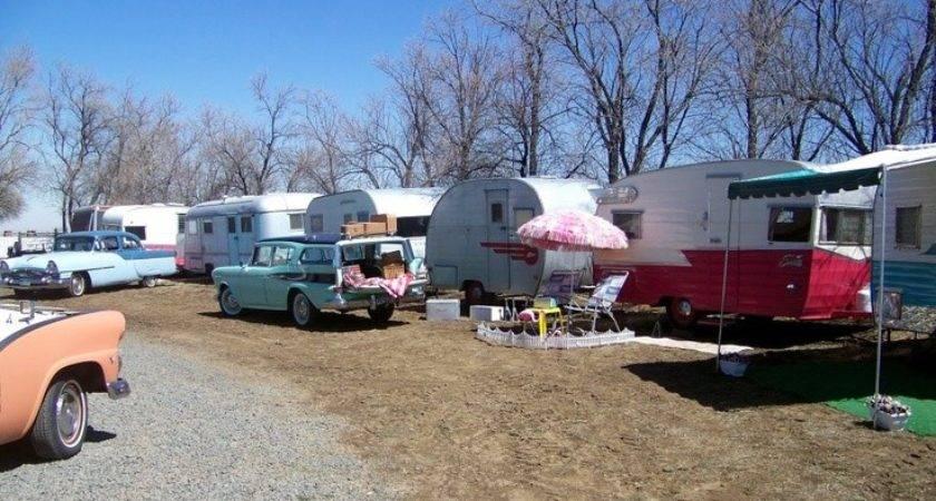 Starlite Classic Campground Love Vintage