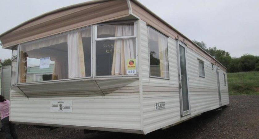 Static Caravan Mobile Home Carnaby Crown Bed
