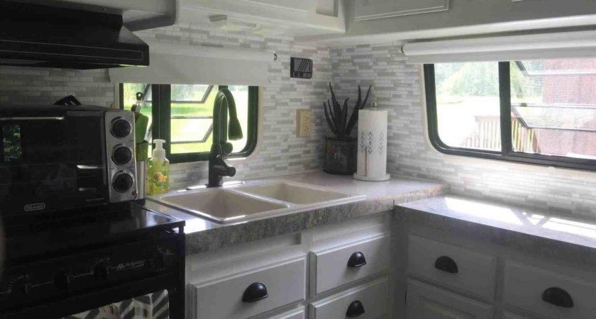 Stick Kitchen Tiles Taste Strikingly Design Backsplash