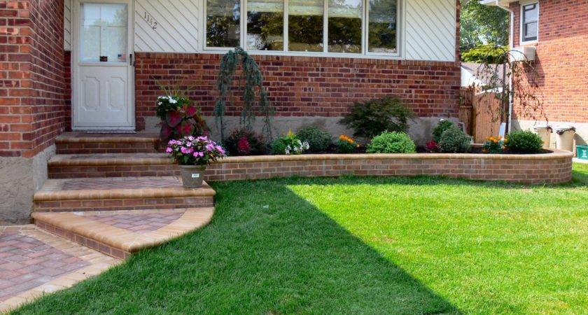 Stunning Landscaping Ideas Small Front Yard Afrozep