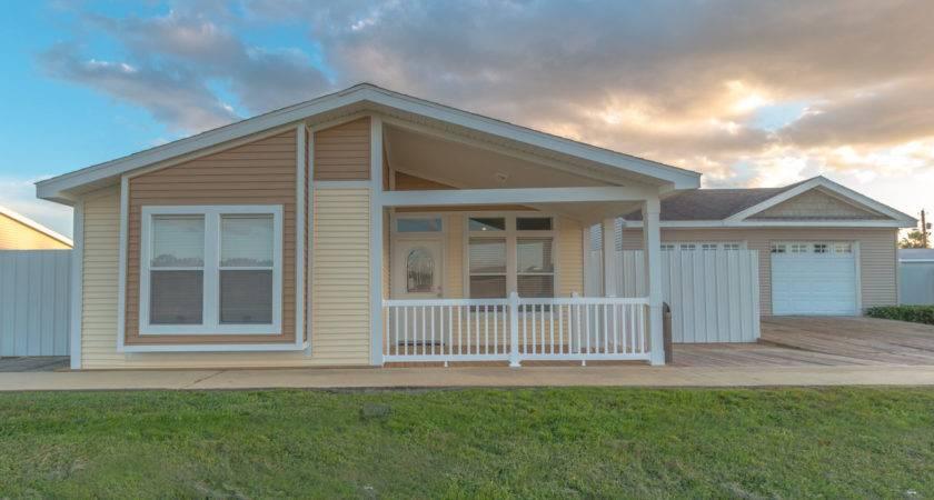 Summer Breeze Manufactured Home Floor Plan