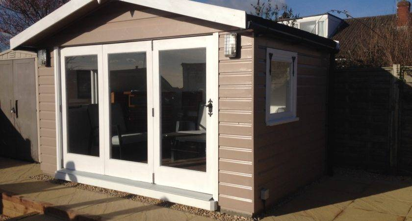 Summerhouse Fold Doors Wooden Workshop