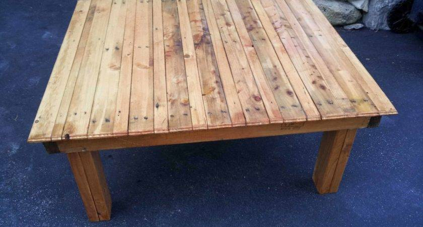 Tables Benches Made Out Repurposed Pallets