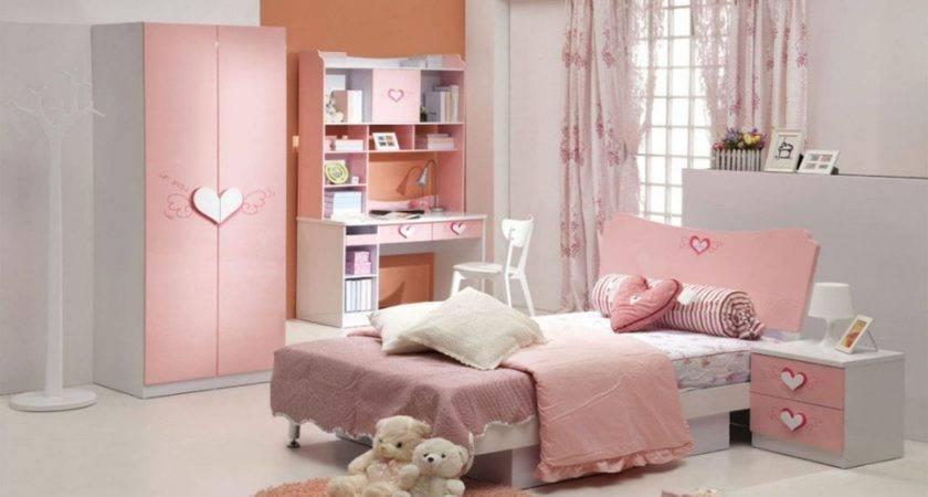 Teenage Girl Room Ideas Show Characteristic