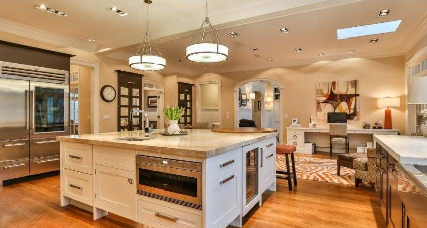 Tour Renovated Colonial Home New Canaan Conn Hgtv