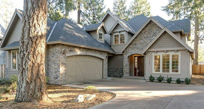 Traditional Exterior Home Stone Floors