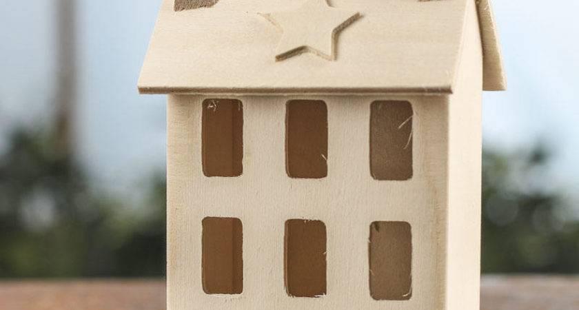 Unfinished Wood Primitive Saltbox House Decorative