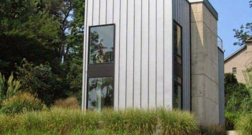 Unusual Vertical Rectangle House Design Rooftop Deck Ideal