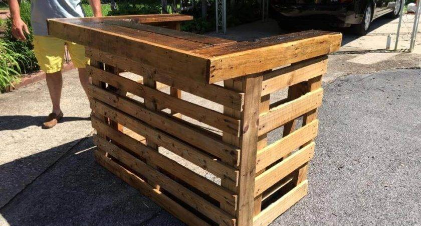 Upcycled Wood Pallet Bar Easy Ideas