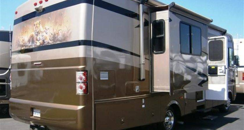 Used Safari Trek Class Gas Motorhomes Sale