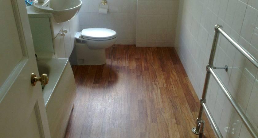 Very Small Bathroom Spaces Vinyl Wood Plank Flooring
