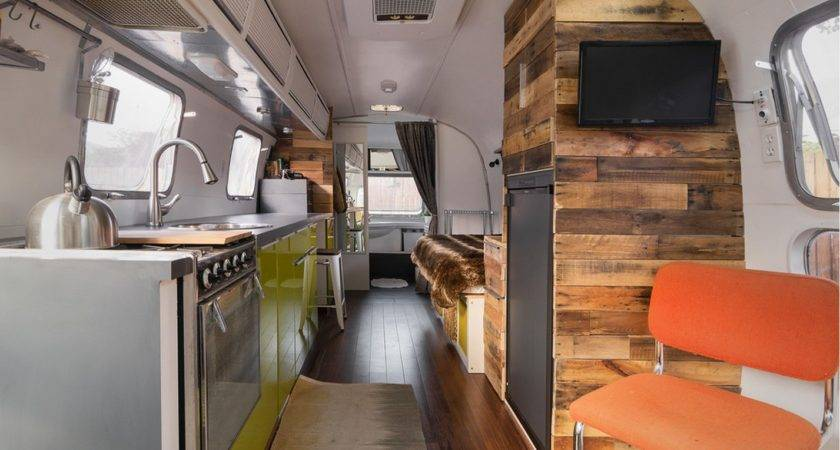 Vintage Airstream Cavender Diary