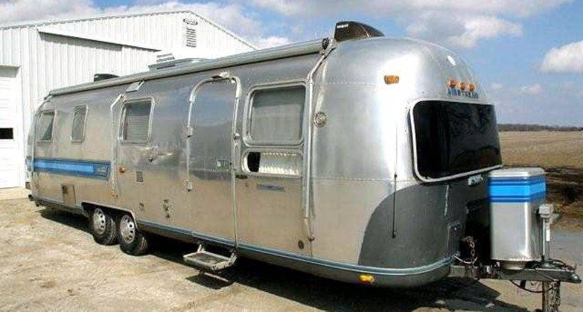 Vintage Airstream Trailer Slideshow