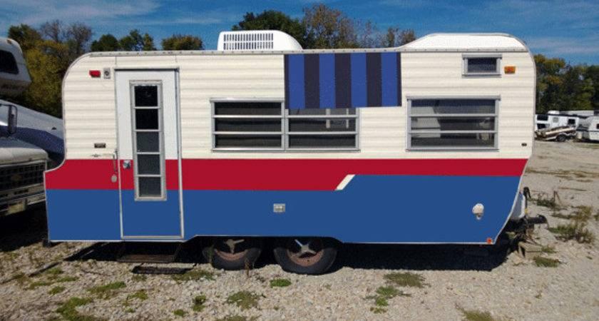 Vintage Camper Laurie Jones Home
