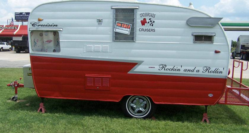 Vintage Little Travel Trailer Shasta Found