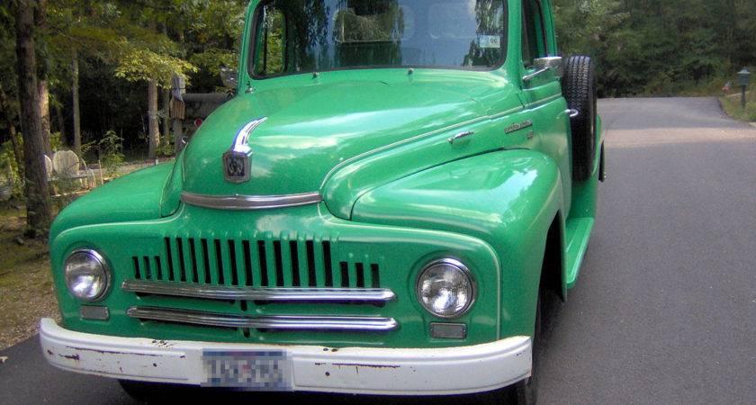 Vintage Pickups Under Drive