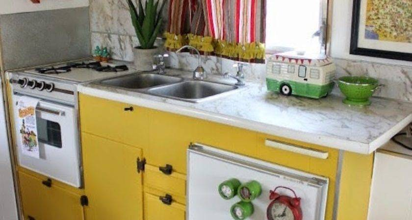 Vintage Trailer Makeovers Make Want Glamp
