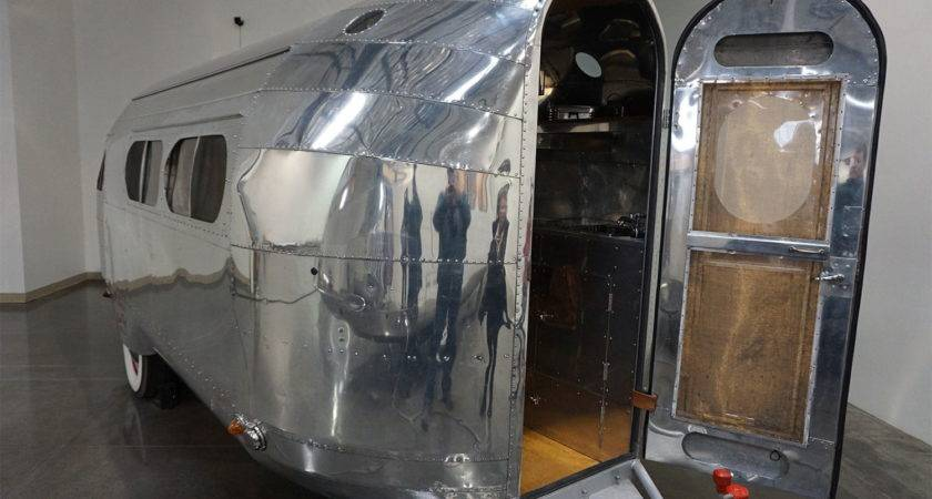 Vintage Travel Trailers Making Comeback Redefining