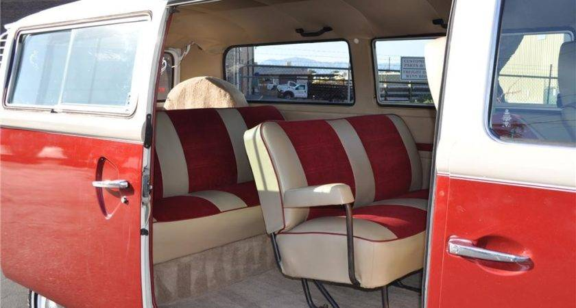 Volkswagen Transporter Custom Bus