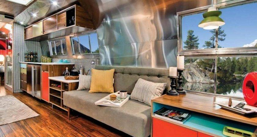 Western Pacific Airstream Converted Into Luxury Home