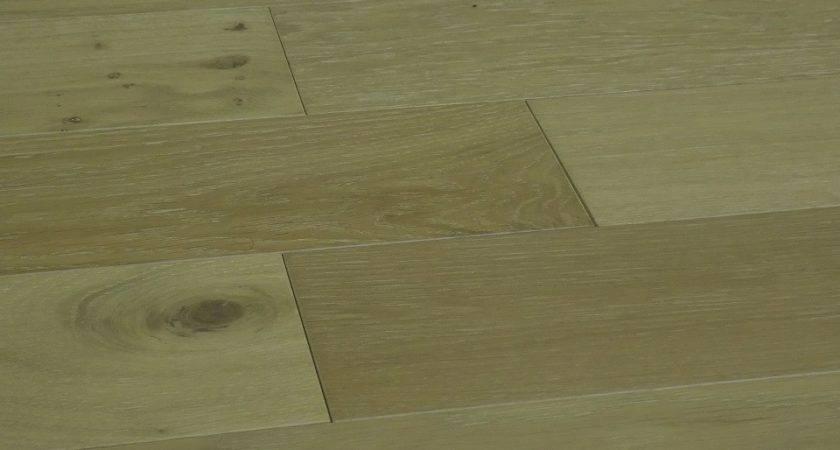 Wire Brushed Oak Capecod Ferma Flooring