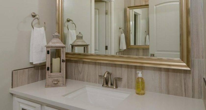 Wood Look Tiles Bathroom Peenmedia