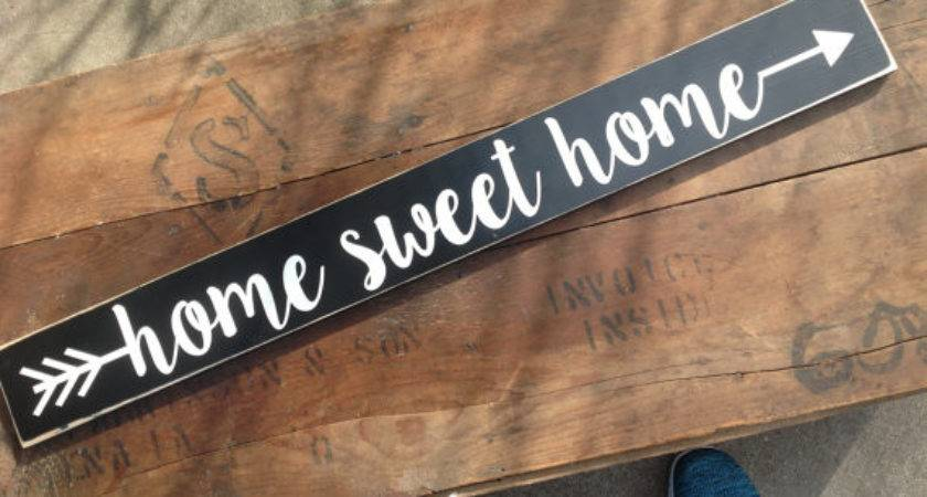 Wood Sign Home Sweet Arrow Distressed