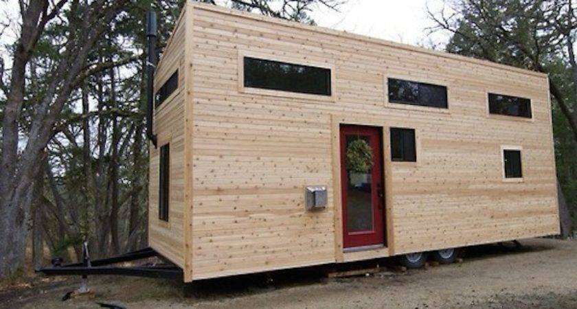 Wood Warms Tiny Mobile Home Kronodesigners
