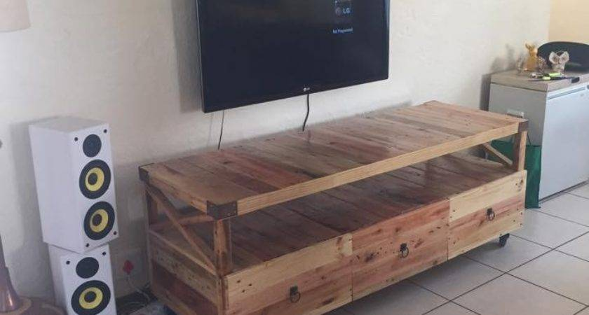 Wooden Pallet Rustic Stand Ideas Recycled