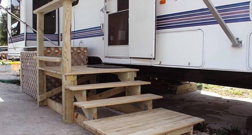 Wooden Steps Trailer Park Queen
